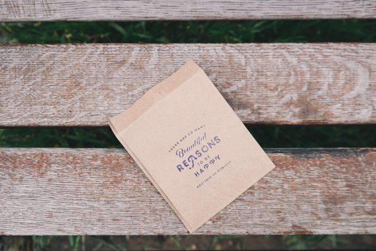 bench-1245994_1920