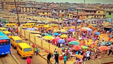 stock-photo-transportation-people-colours-lagos-nigeria- (2)