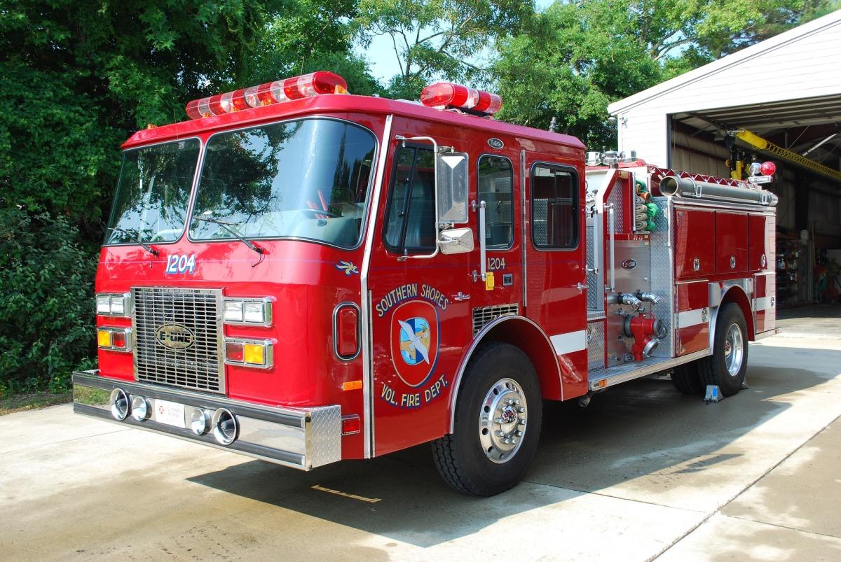 fire-truck-2216240_1920