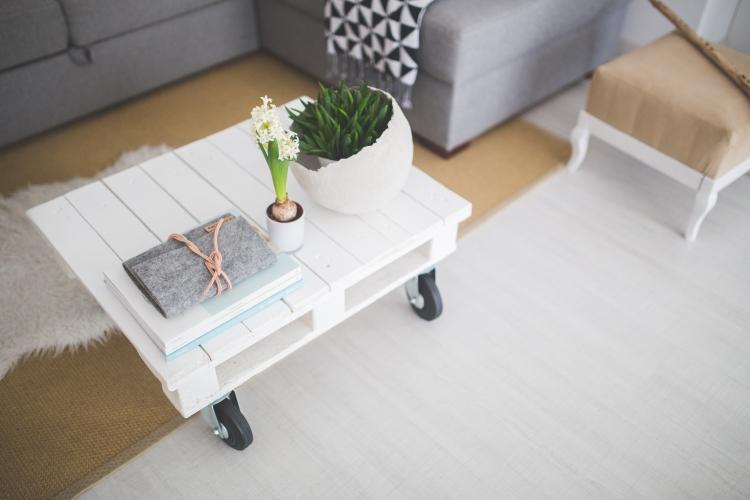 table-white-home-interior (1)